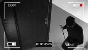 CCTV footage shows burglar breaking into building