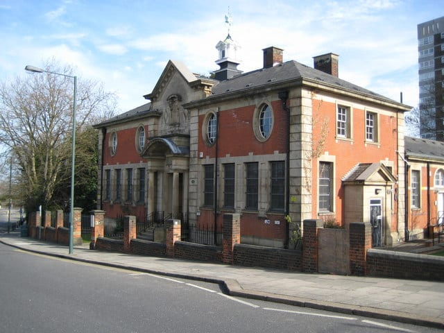 Erith-Library