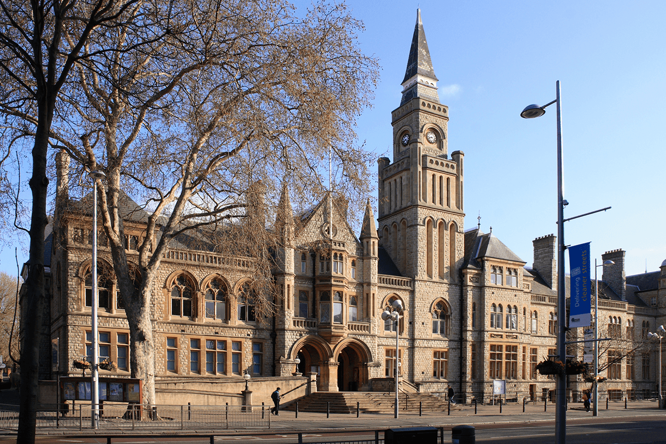 Town-Hall-in-Ealing